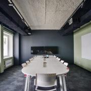 10-4-foto-akusprej-v-interere-scaled